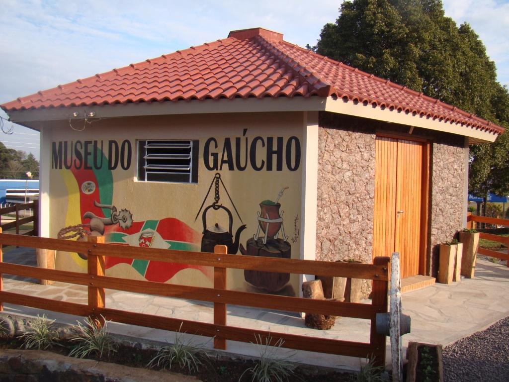 CTG Porteira do Rio Grande inaugura o Museu do Gaúcho