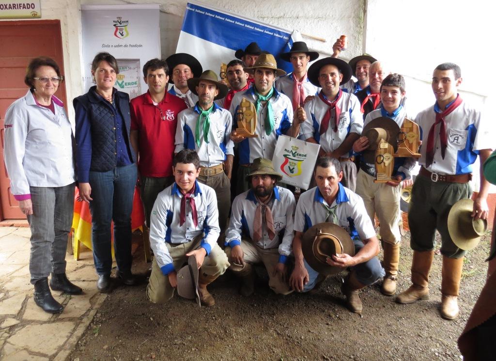 Recordando o Passado e Estância do Butiá lideram o Campeonato de Laço